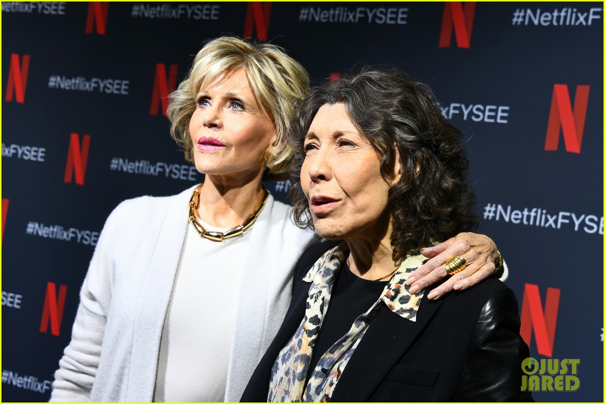 jane fonda lily tomlin buddy up to promote grace frankie 034293866
