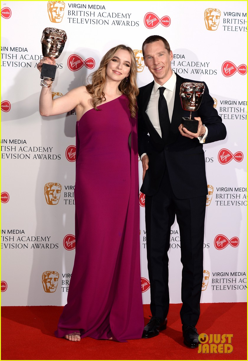 jodie comer benedict cumberbatch win big at baftas 2019 04