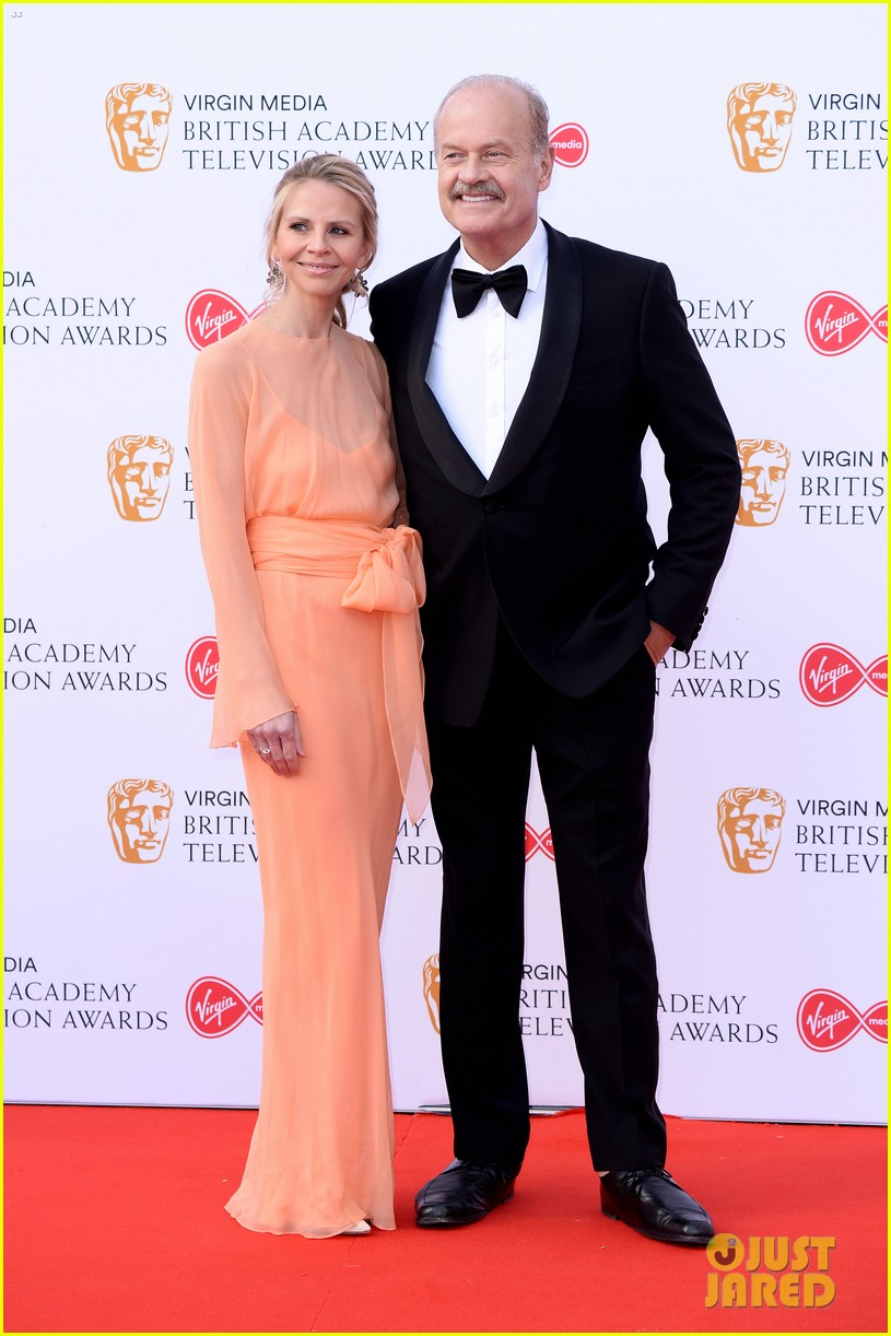 jodie comer benedict cumberbatch win big at baftas 2019 22