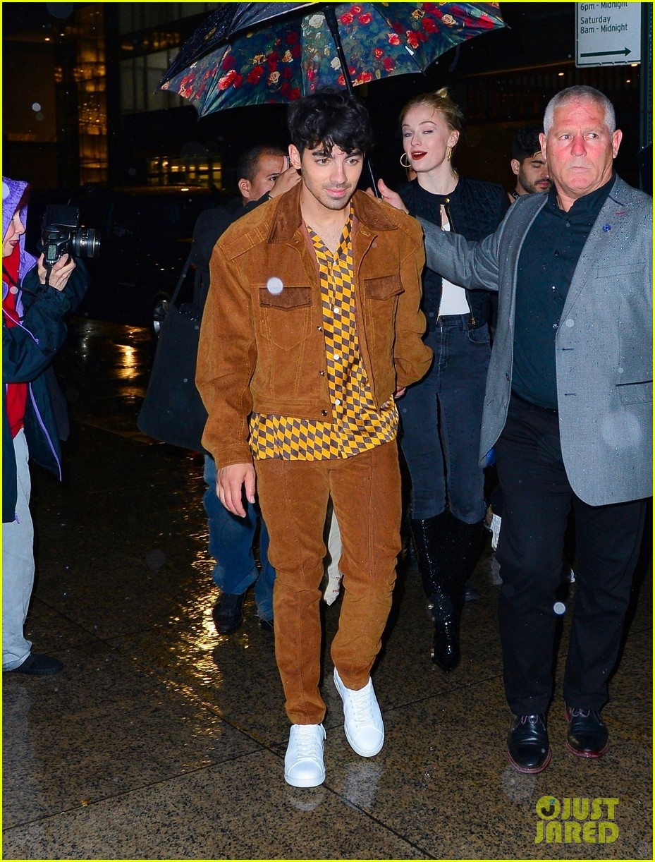 joe nick jonas wear coordinating outfits to snl after party 12