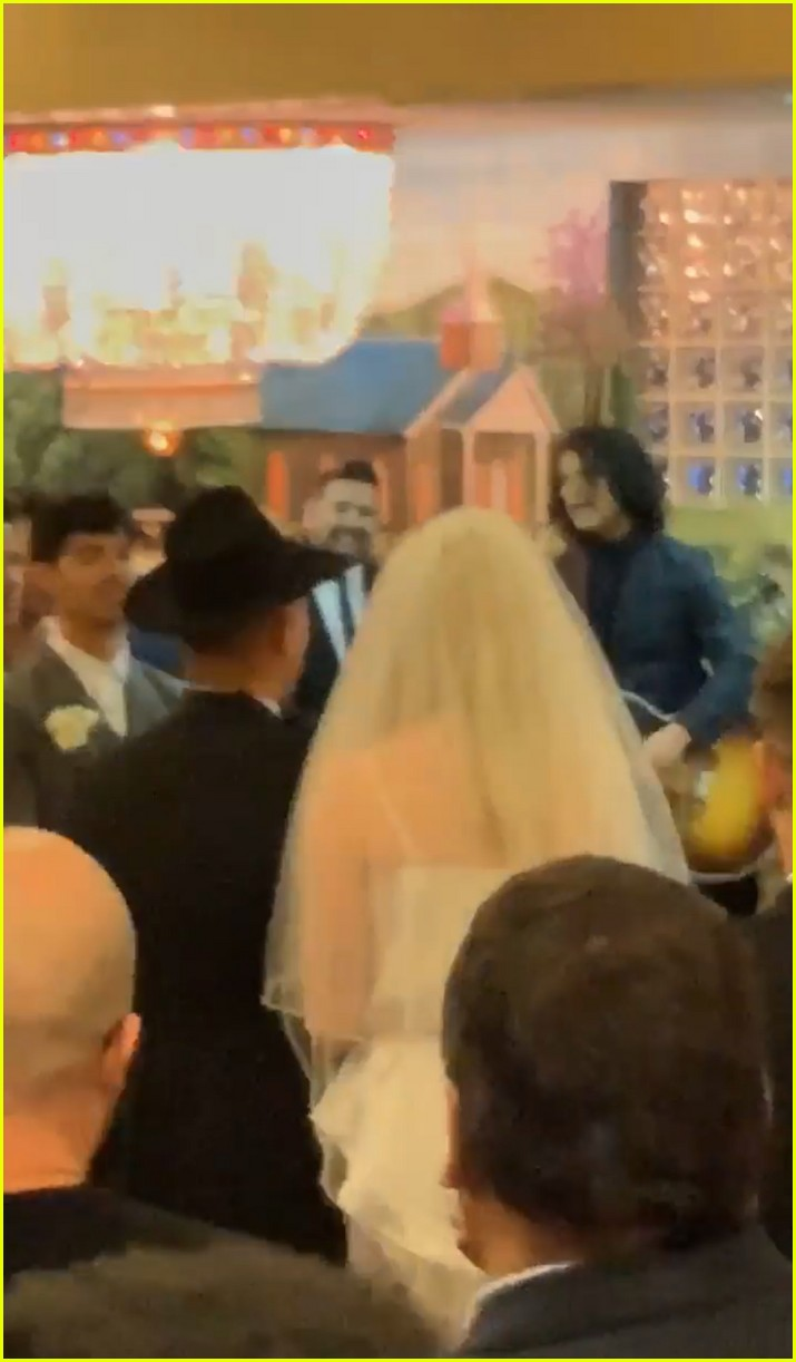 joe jonas sophie turner wedding 02