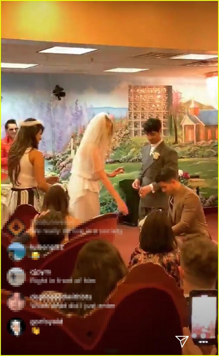 joe jonas sophie turner wedding 05