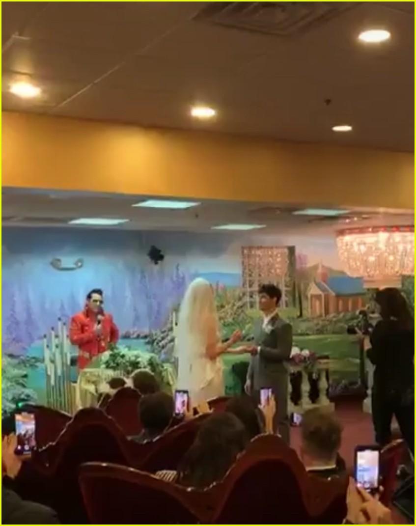 joe jonas sophie turner wedding 14