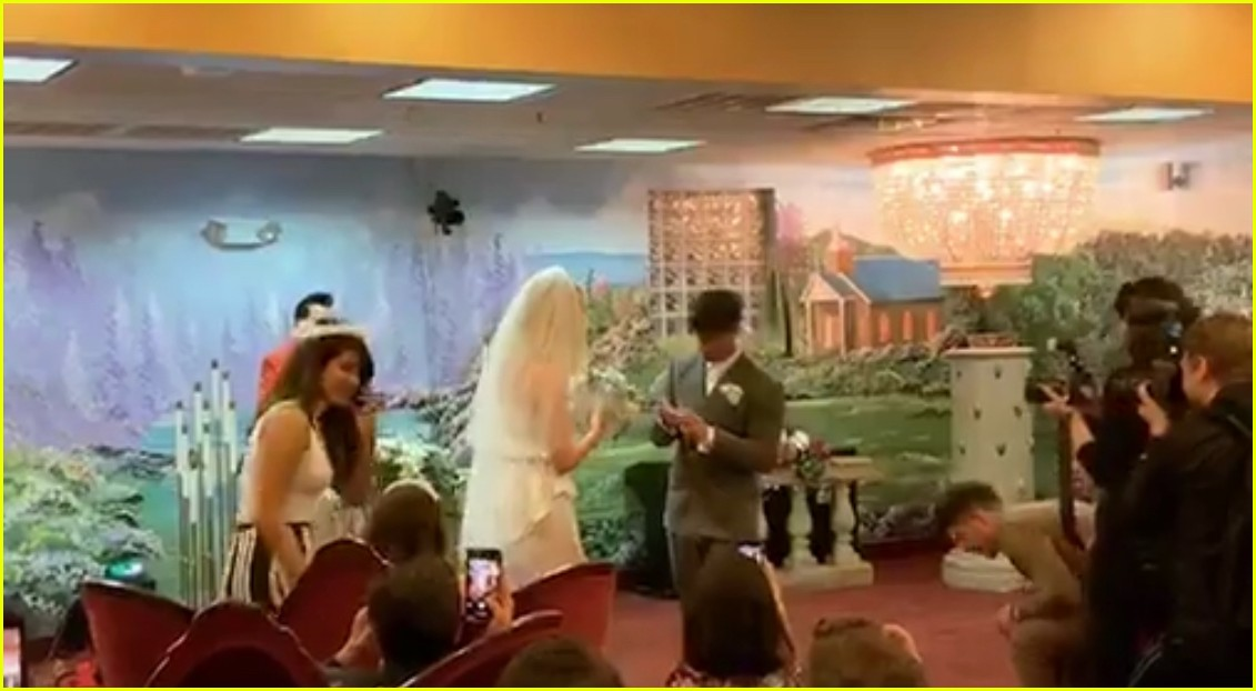 joe jonas sophie turner wedding 15