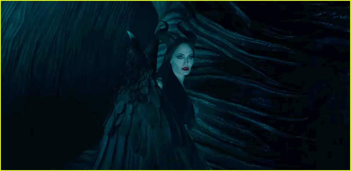 Angelina Jolie Is So Fierce In Maleficent 2 Teaser Trailer