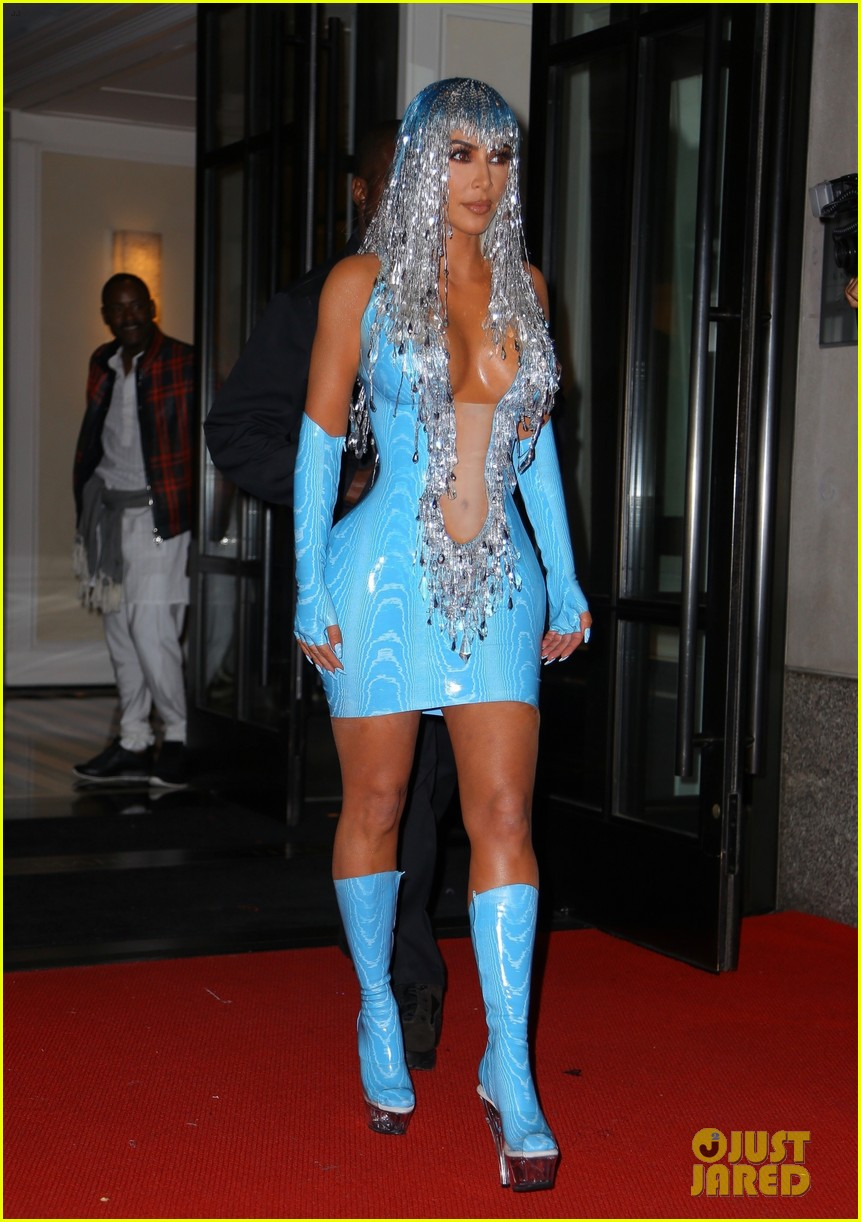 Kim Kardashian Channels Cher at Met Gala 2019 After-Party ...