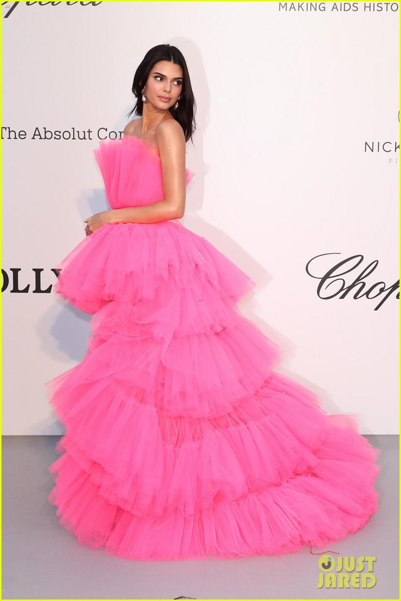 kendall jenner poofy pink dress amfar gala cannes 07