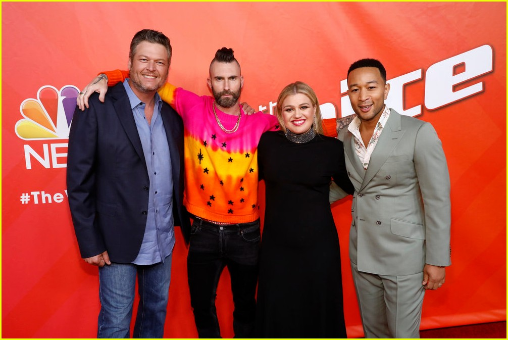 adam levine the voice coaches react 05