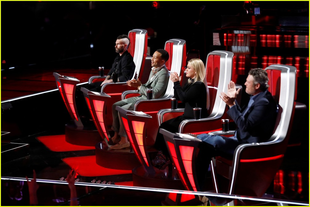 adam levine the voice coaches react 13