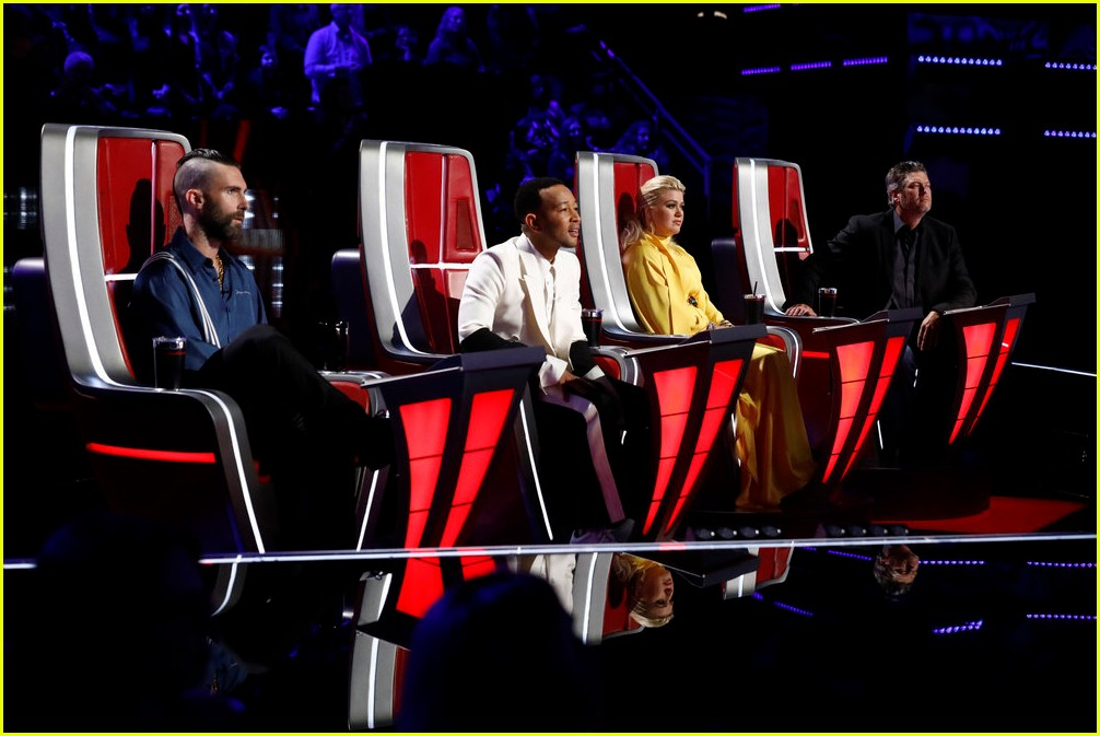 adam levine the voice coaches react 14