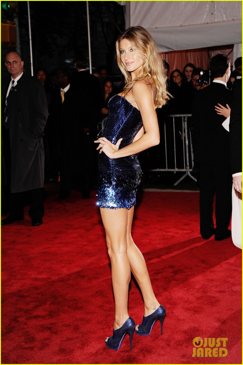 look back 2009 met gala 744283636