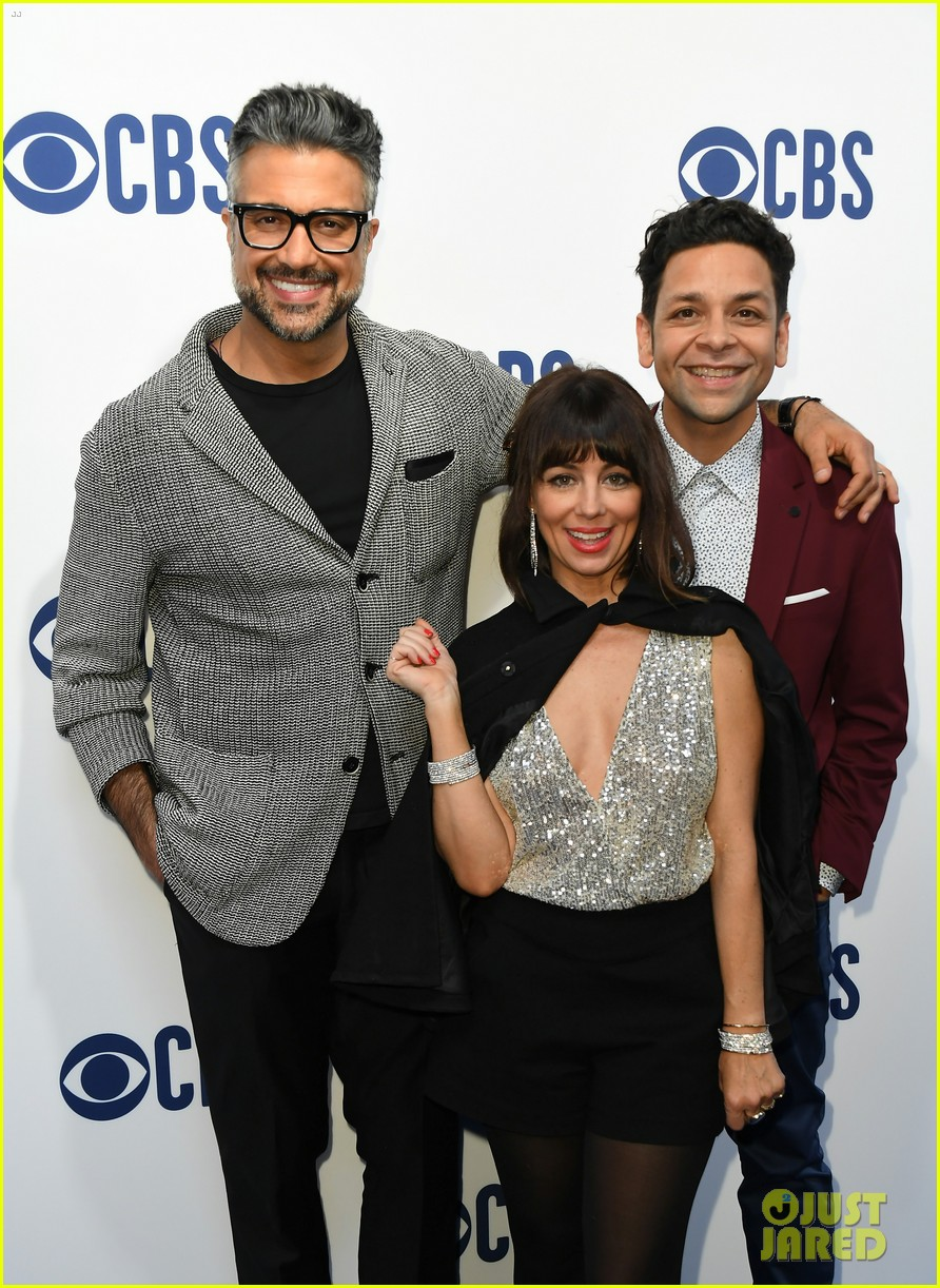 julian mcmahon kellan lutz walton goggins share first look cbs shows at upfronts 2019 054292182