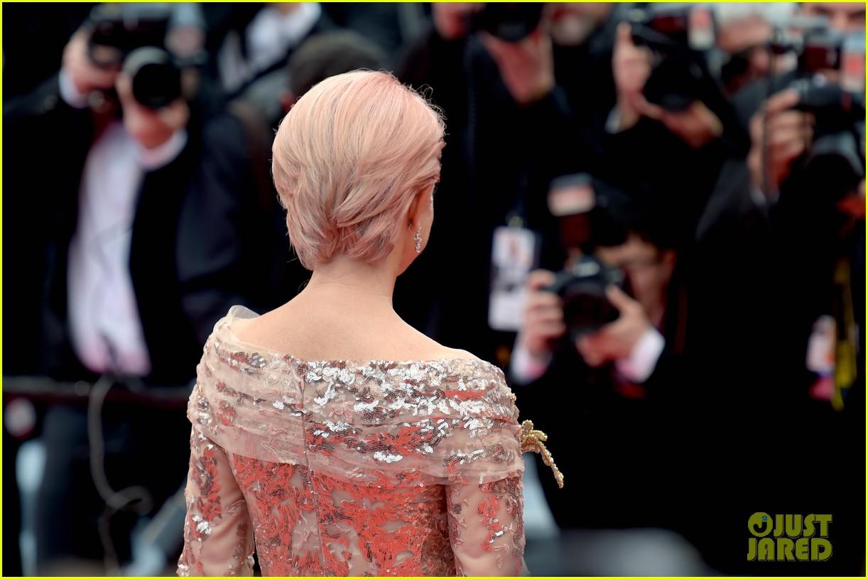helen mirren pink hair cannes film festival 044293534