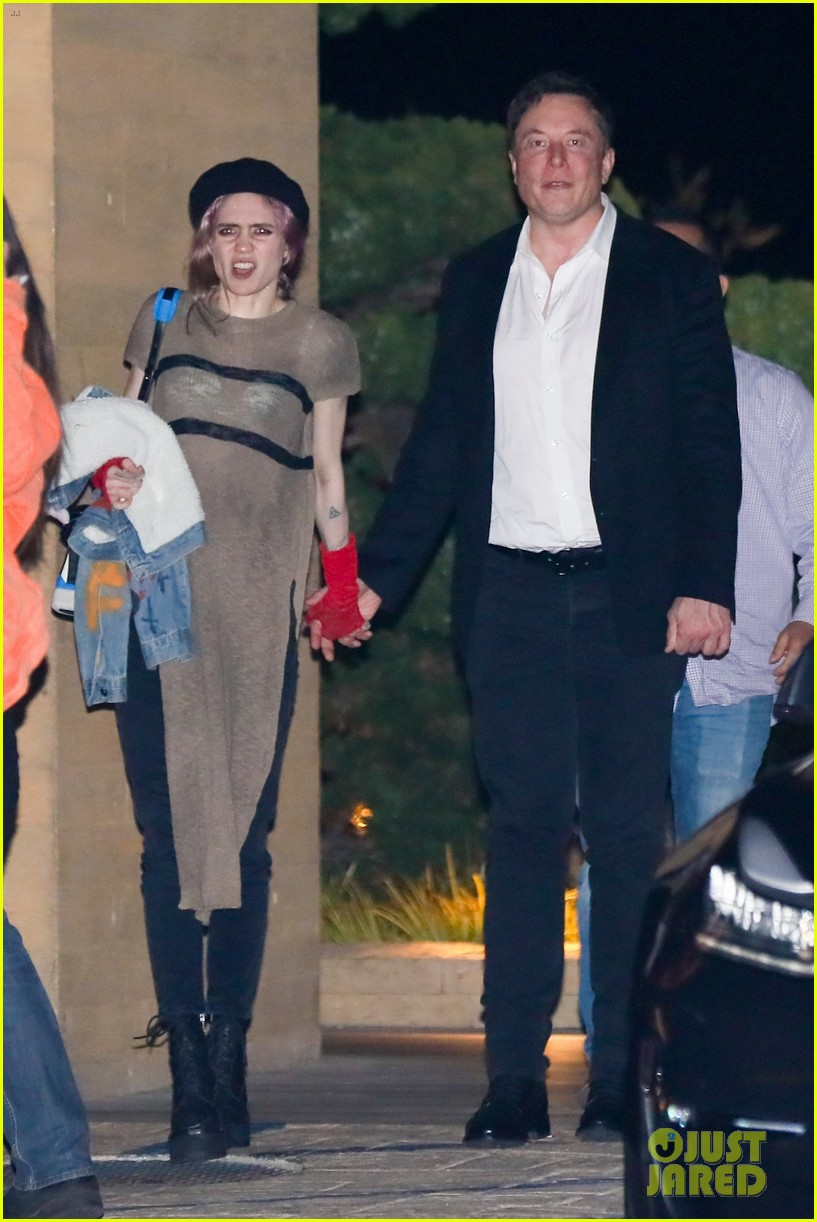 elon musk grimes couple up for date night in malibu 01
