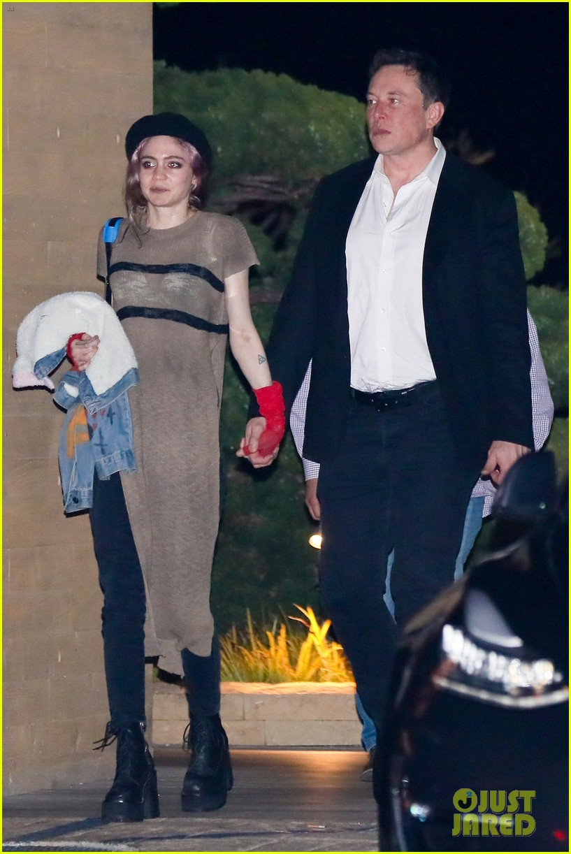 elon musk grimes couple up for date night in malibu 03