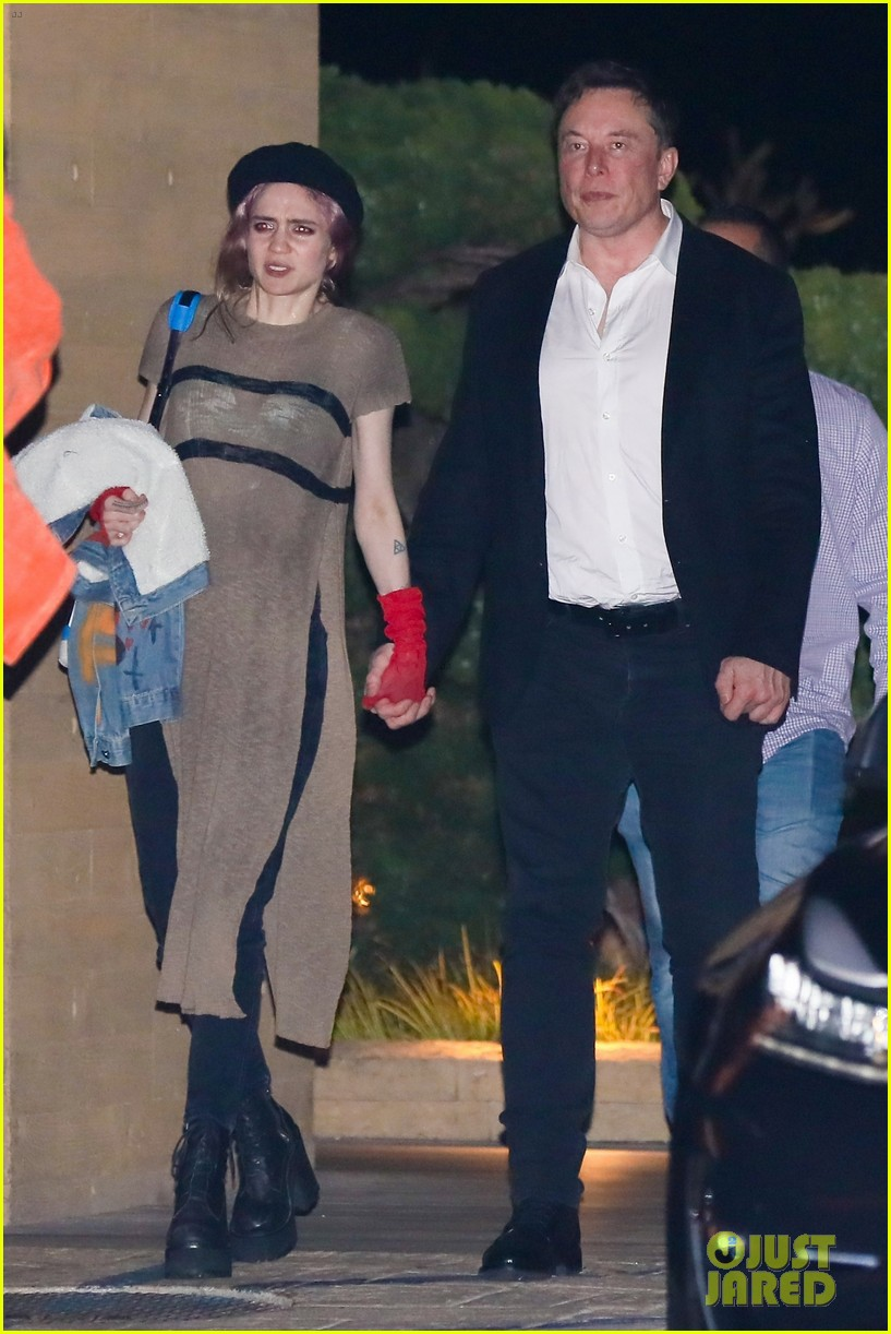 elon musk grimes couple up for date night in malibu 05