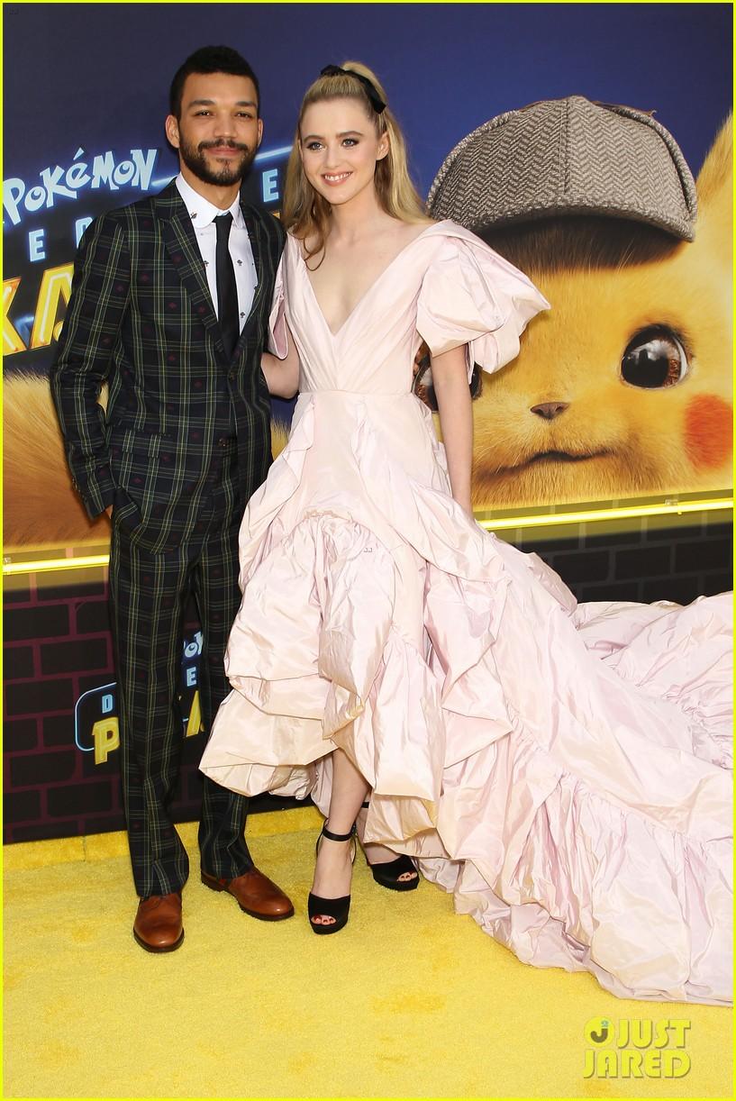 kathryn newton justice smith yellow carpet detective pikachu premiere 13