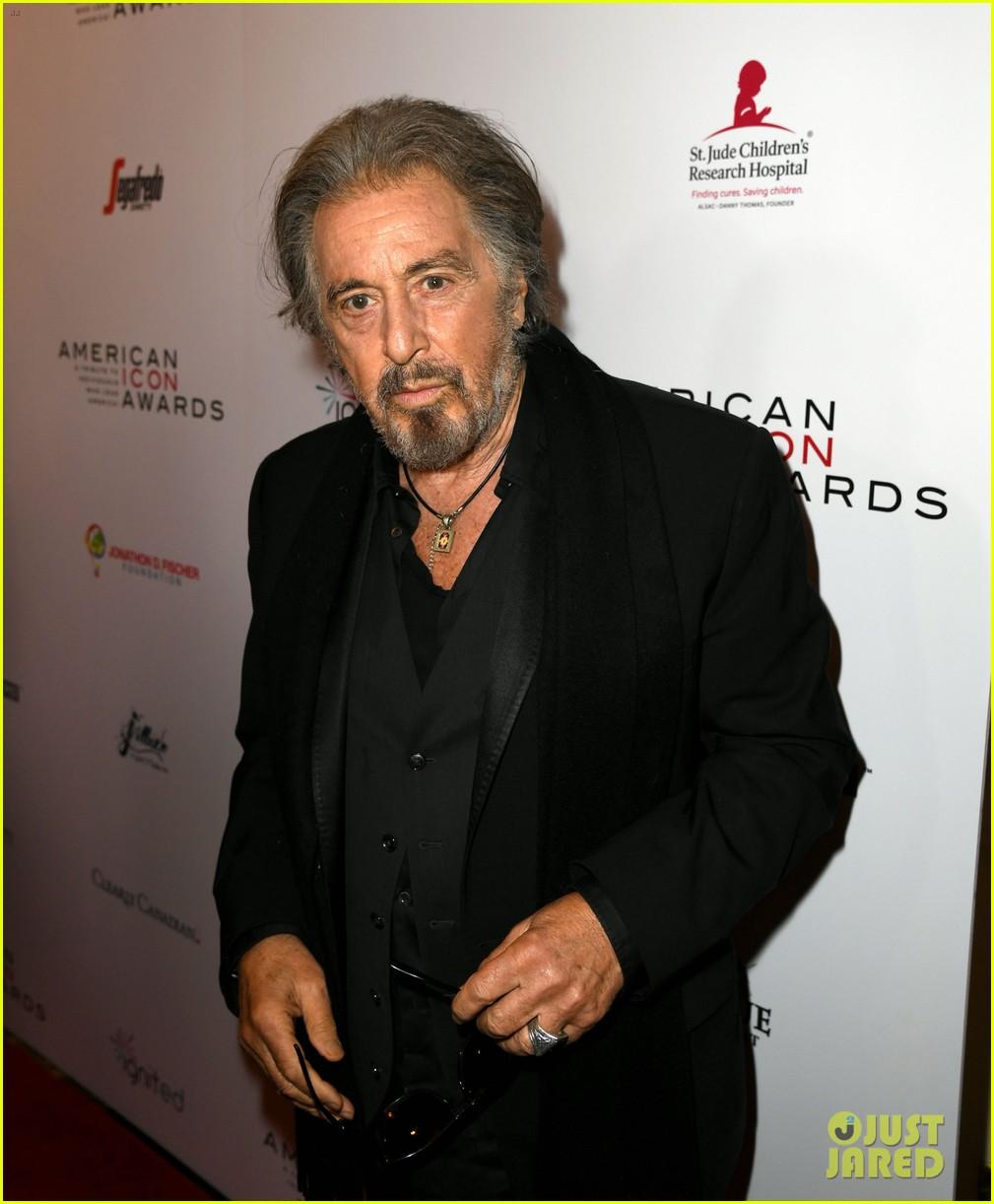 Robert De Niro, Naomi Campbell & More Help Honor Al Pacino ...