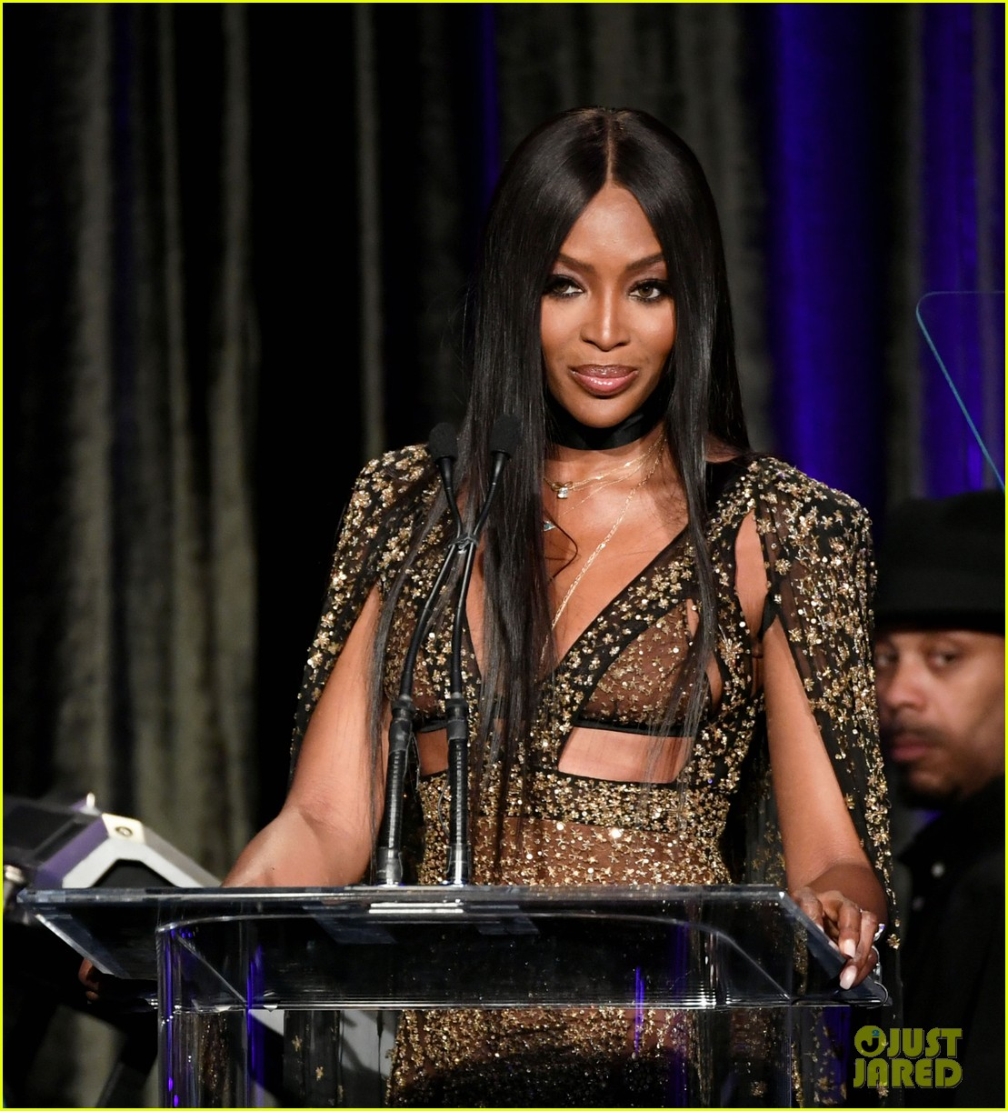 robert de niro naomi campbell more help honor al pacino at american icon awards 2019 054294954