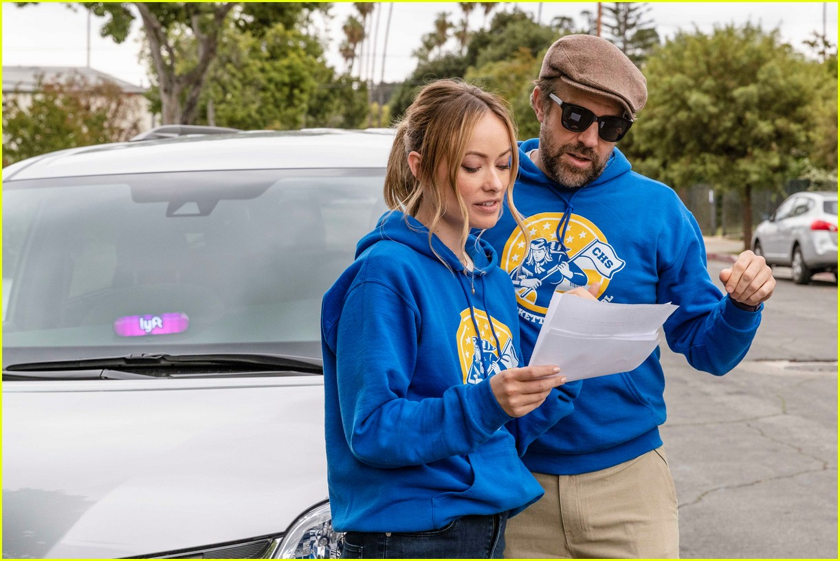 jason sudeikis olivia wilde lyft may 2019 01
