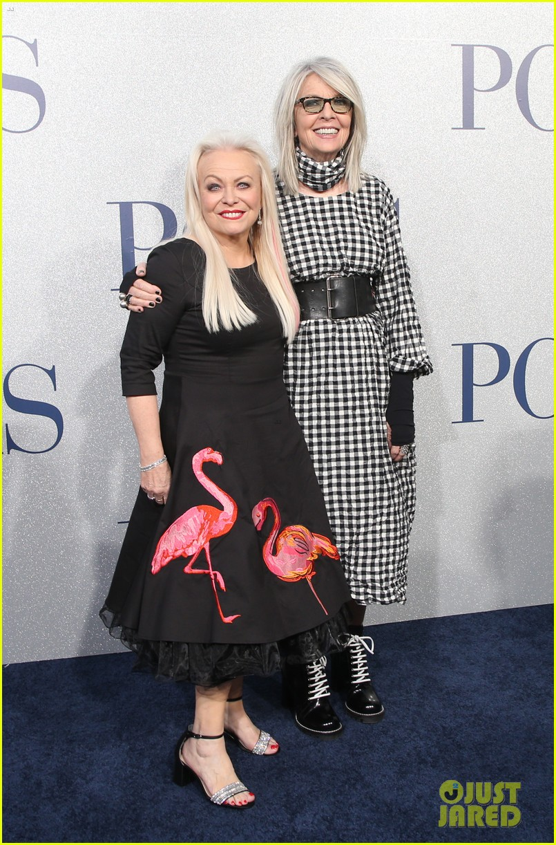 diane keaton gets support from sarah paulson at poms premiere 19