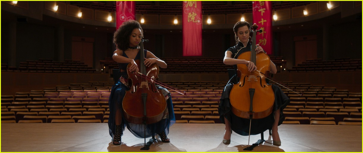 allison williams logan browning the perfection netflix stills 03