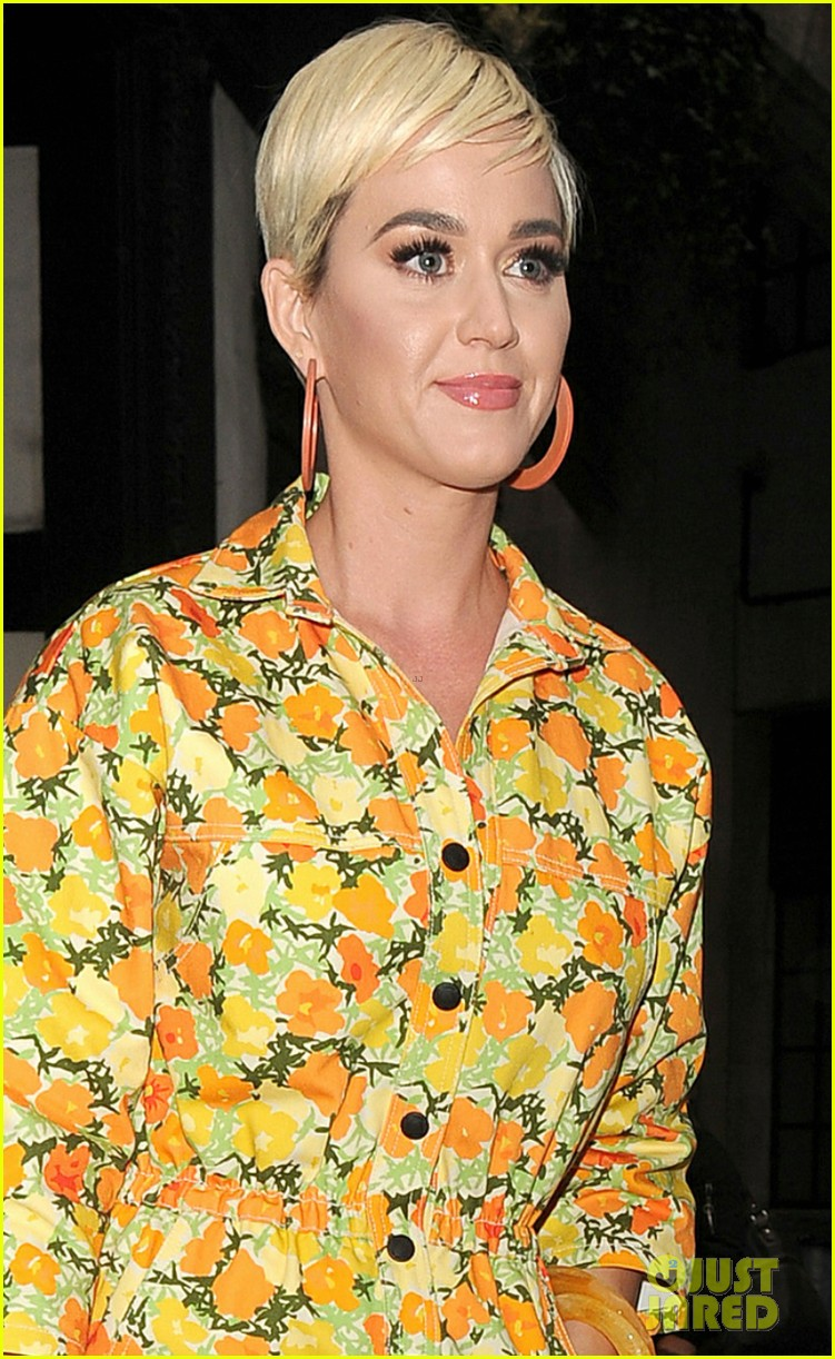 katy perry colorful floral jumpsuit day out in london 04