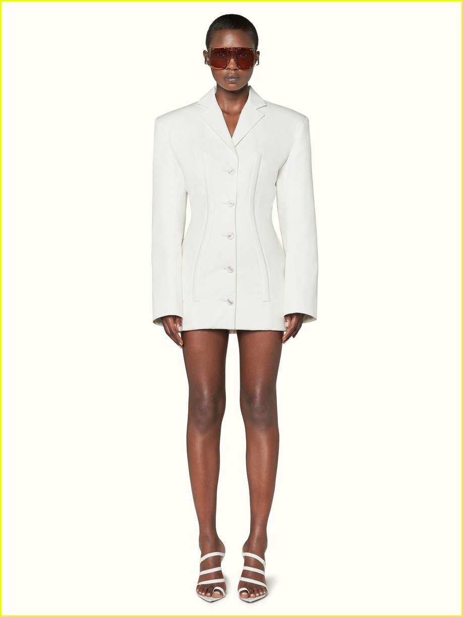 rihanna fenty fashion line 024297397