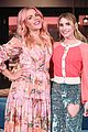 emma roberts on looking like her aunt julia roberts a lot of teeth 03