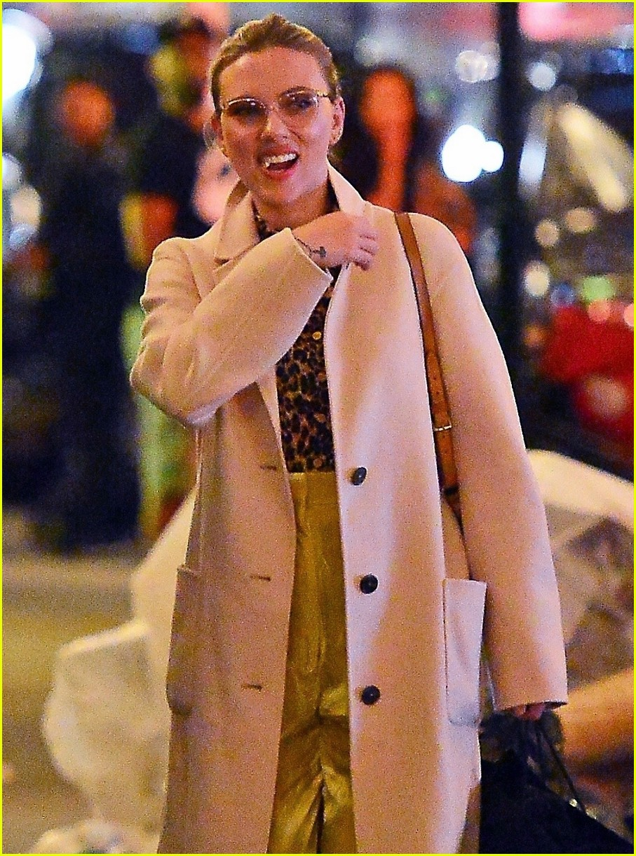 scarlett johansson night out nyc 014290369