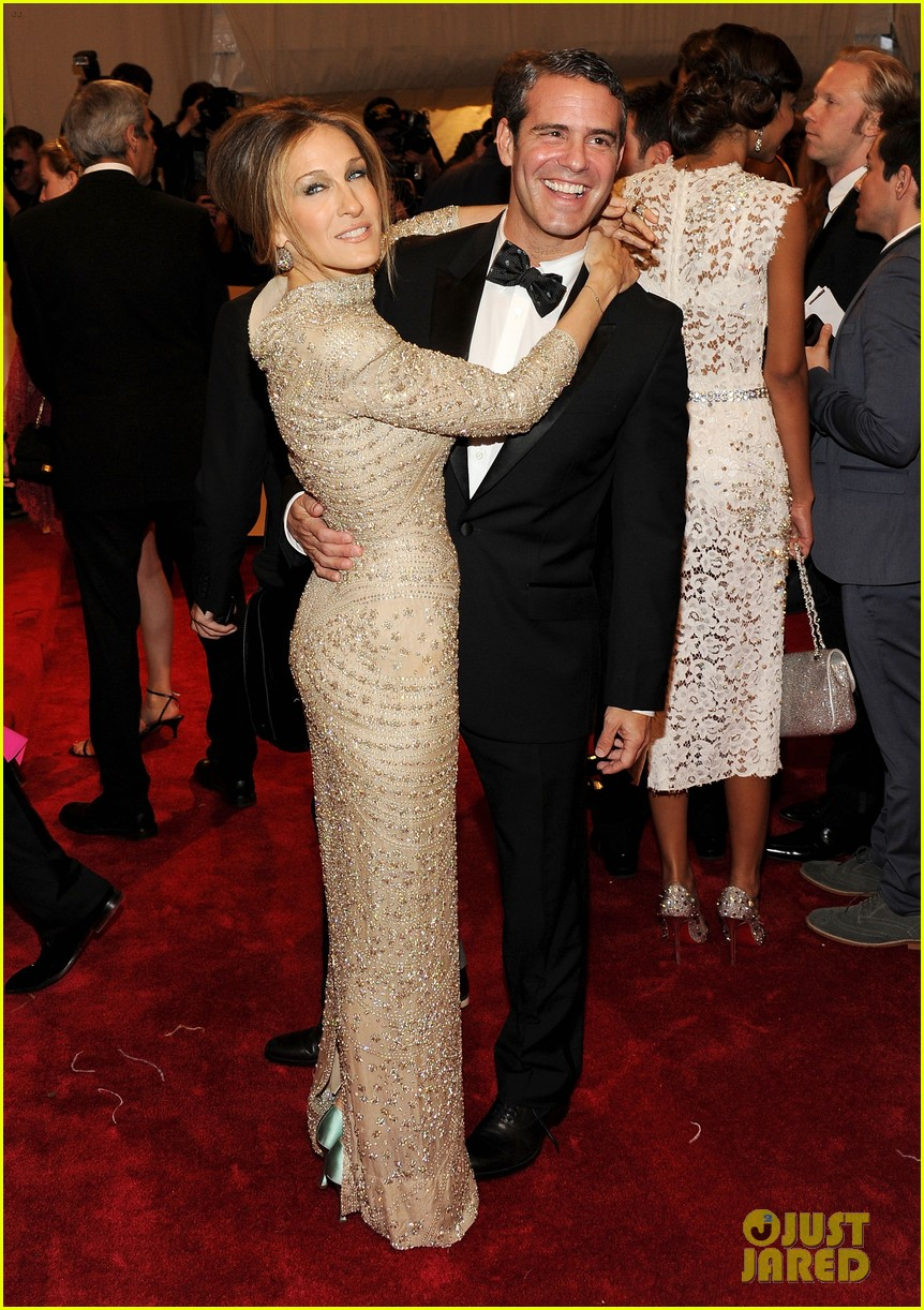 Sarah Jessica Parker & Andy Cohen Won't Attend Met Gala ...