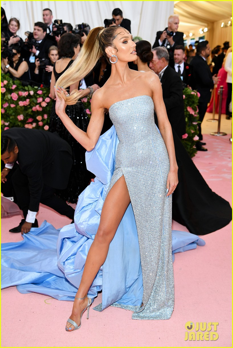 candice swanepoel joan small so hot met gala 03