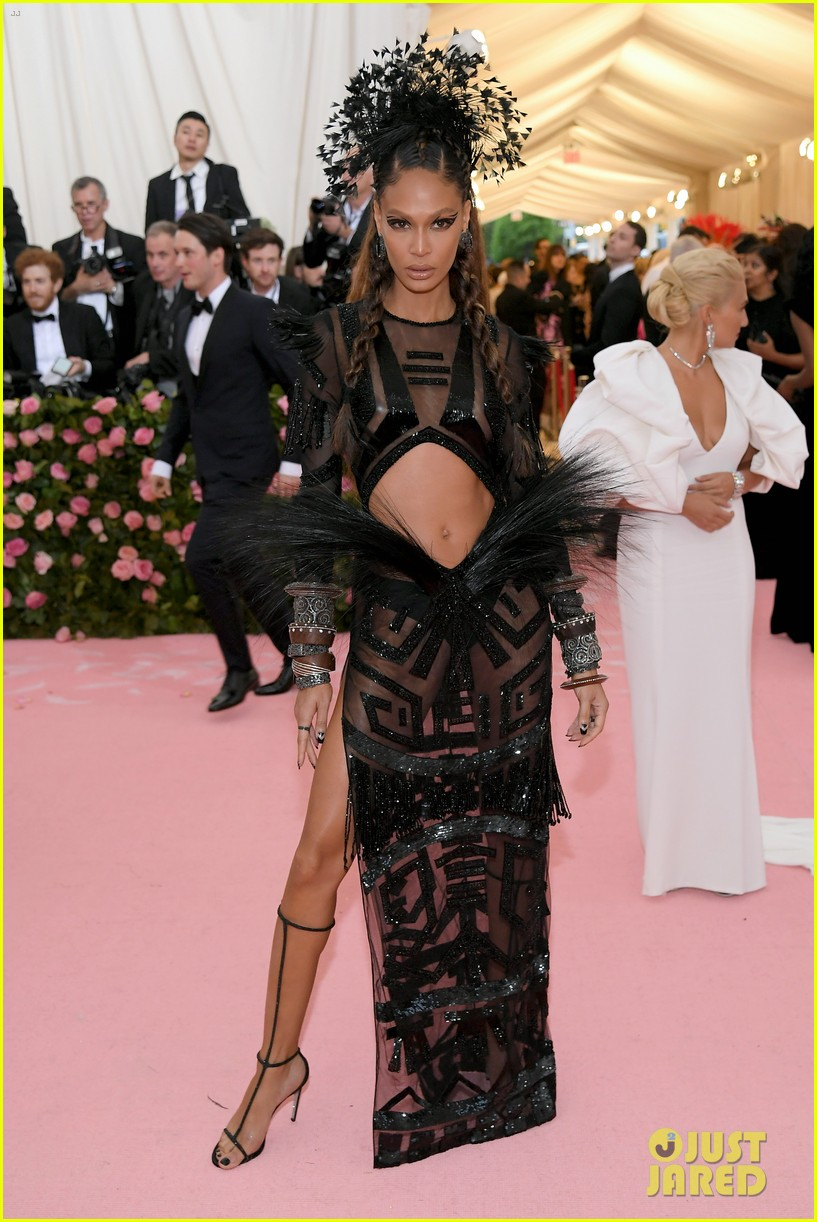 candice swanepoel joan small so hot met gala 08