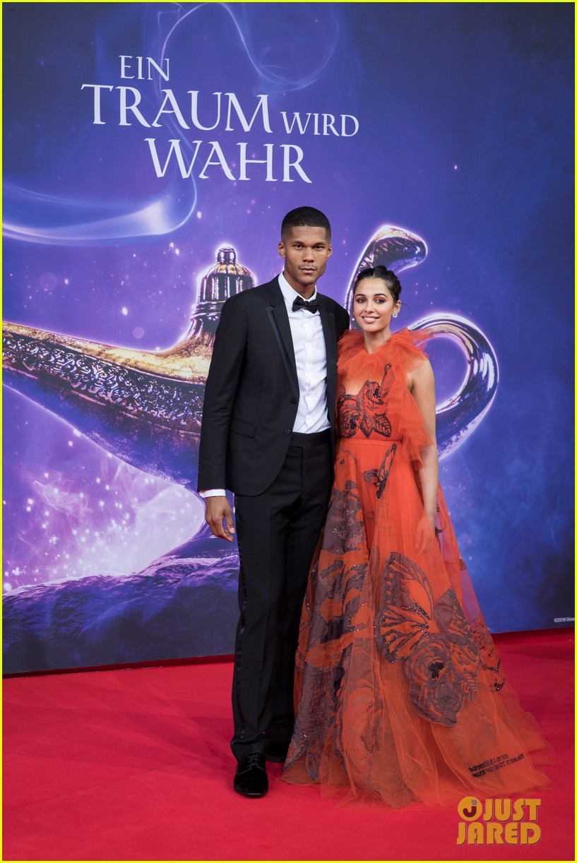 will smith mena massoud naomi scott aladdin premiere berlin 04