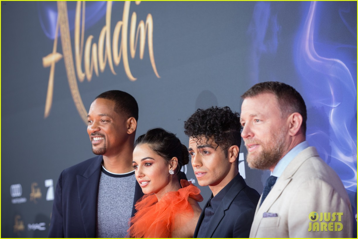 will smith mena massoud naomi scott aladdin premiere berlin 22