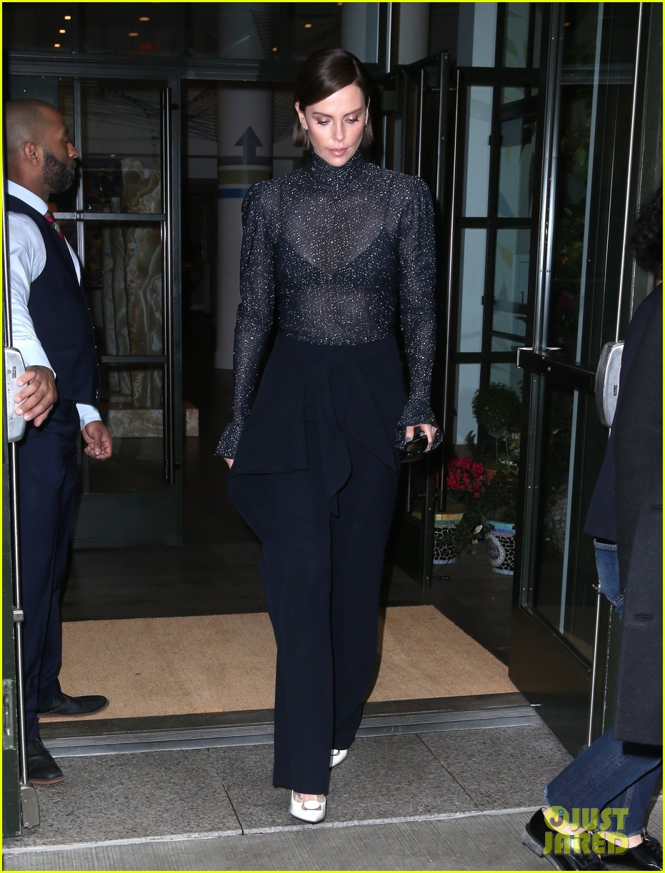 charlize theron tonight show 02