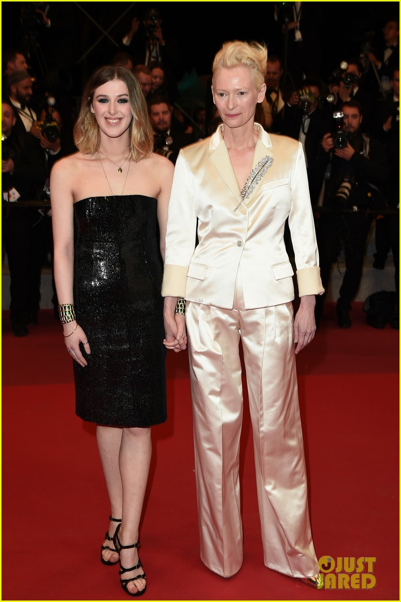tilda swinton daughter honor parasite screening cannes film festival 01
