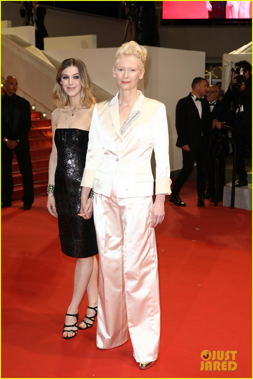 tilda swinton daughter honor parasite screening cannes film festival 03
