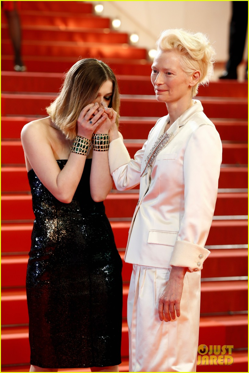 tilda swinton daughter honor parasite screening cannes film festival 04