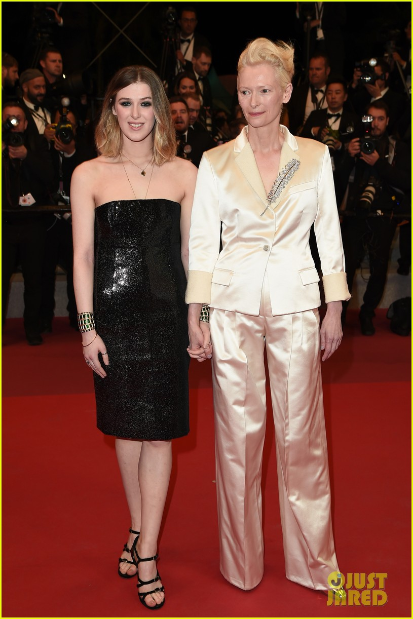 tilda swinton daughter honor parasite screening cannes film festival 09