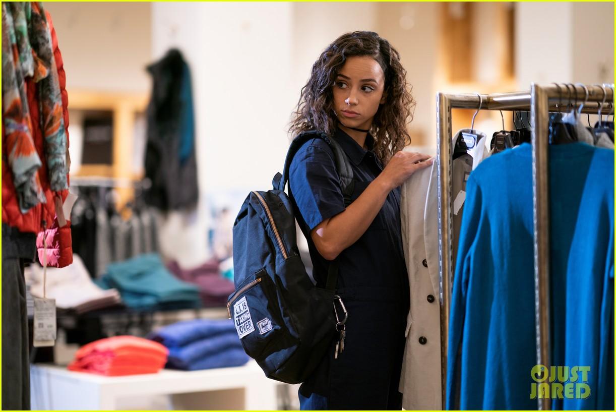 Netflix Drops Trailer For New YA Shoplifting Drama