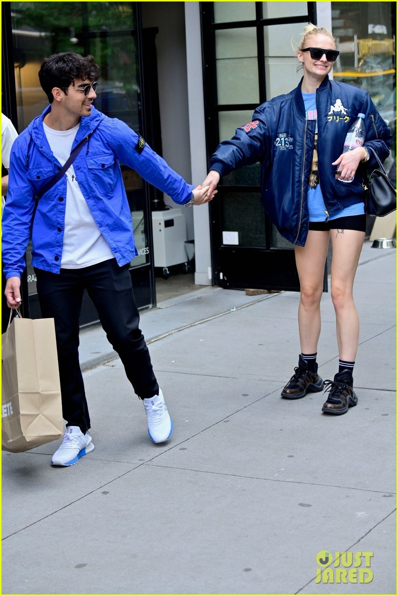 sophie turner does a kick while out with joe jonas in nyc 03