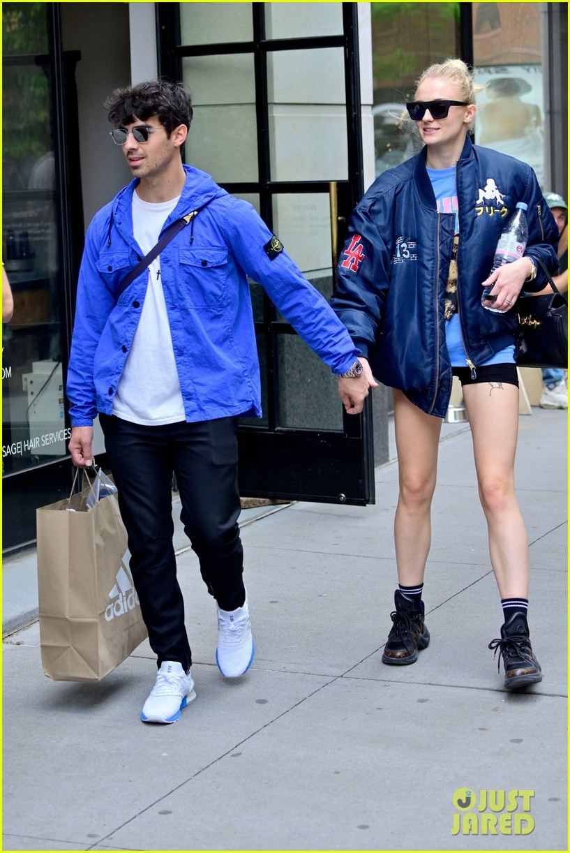 sophie turner does a kick while out with joe jonas in nyc 05