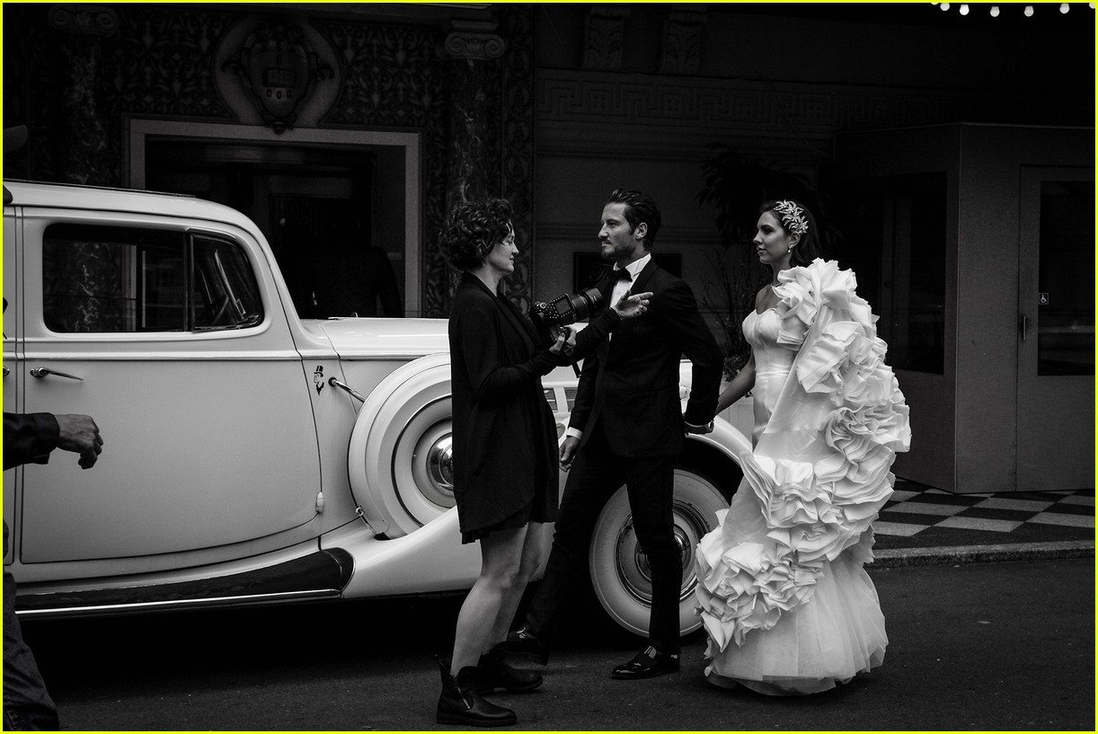 val chmerkovskiy jenna johnson newlyweds shoot 05