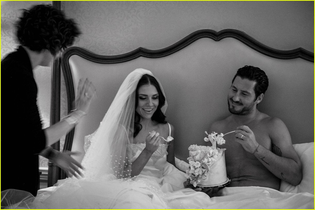 val chmerkovskiy jenna johnson newlyweds shoot 08