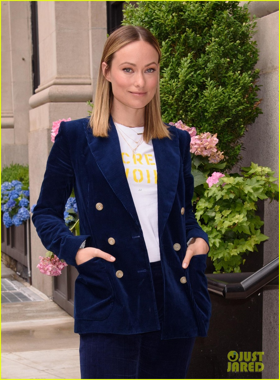olivia wilde had so much fun directing hubby jason sudeikis in booksmart 054297939