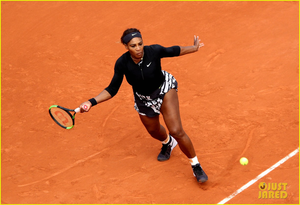 serena williams rocks female empowerment message at french open 024299296