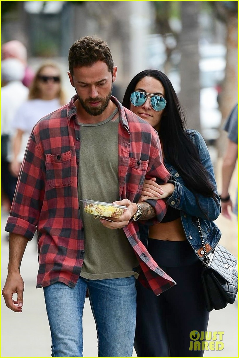 nikki bella artem chigvintsev cozy up for lunch date 034312923