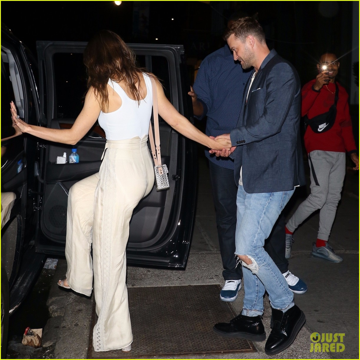 Jessica Biel Is All Smiles With Justin Timberlake After