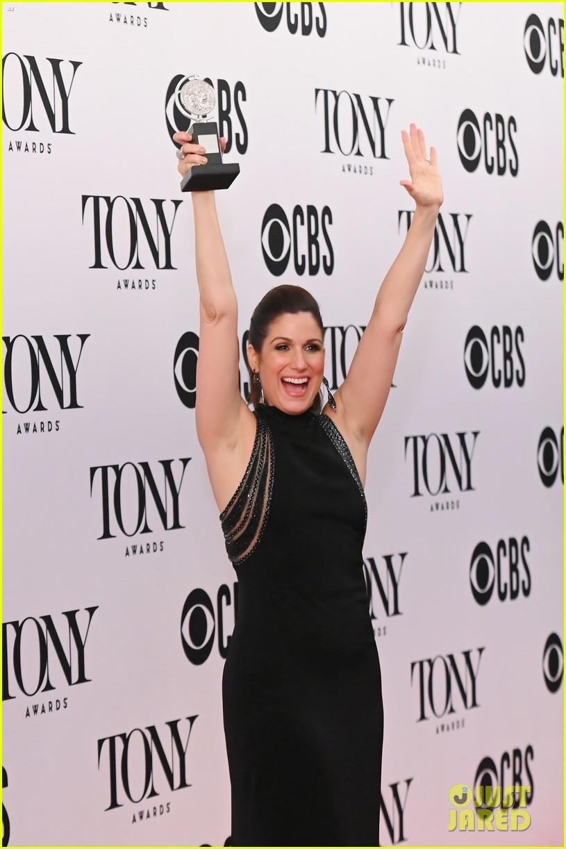 stephanie j block tony win standing ovation 184308197